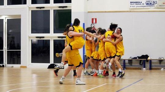Controluce Basket Rosa vs Nazareno Carpi